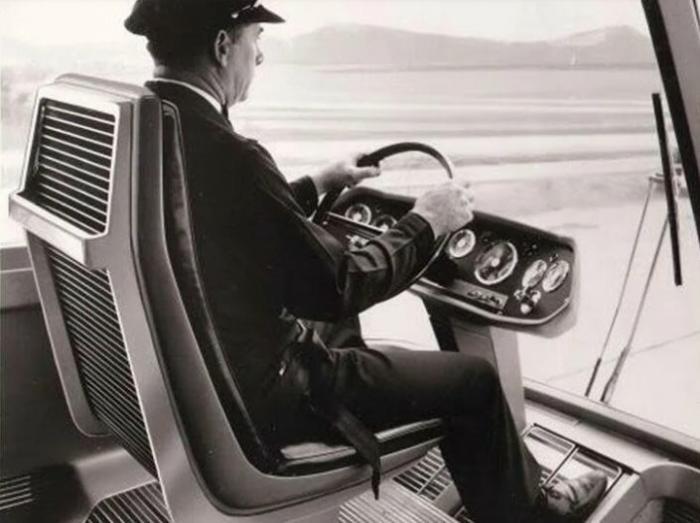 Грузовик будущего из 64-го! И по сей день вызывает — «Вау!» авто