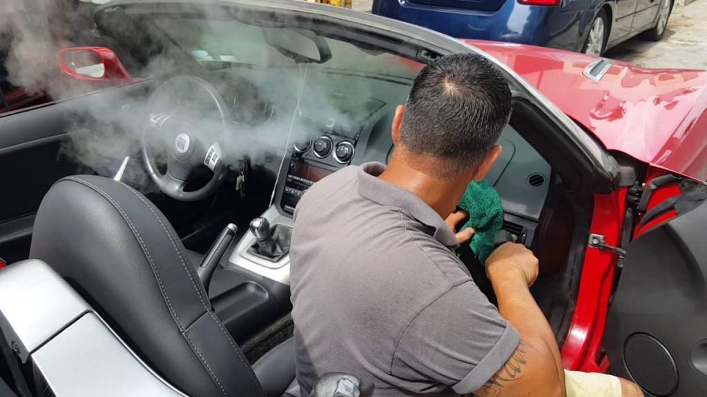 Дым из вентиляционных отверстий, рев из моторного отсека: «сюрпризы», которые встречаются в автомобилях летом авто