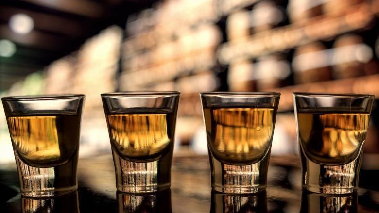 Коктейли на основе виски — с ними стоит распрощаться, если вам больше 30 лет Интересное