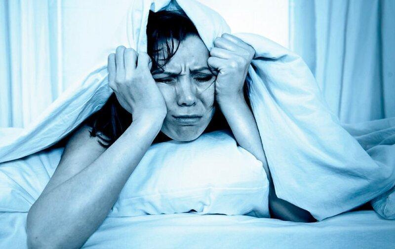 Почему болит голова после долгого сна?   Интересное