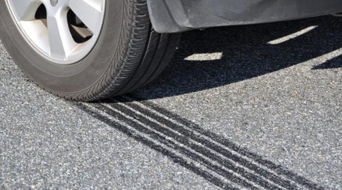 Лето, солнце, раскаленный автомобиль: как доехать к пункту назначения и не сгореть авто