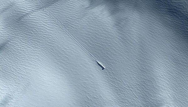 Уфологи считают, что в Антарктиде потерпел крушение НЛО