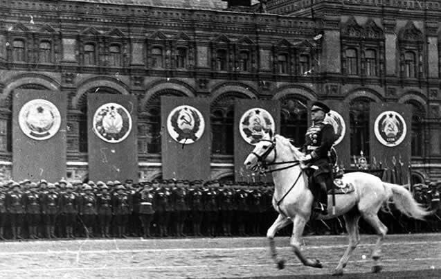 Первый Парад Победы на Красной площади